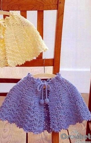simple blue crochet poncho photo