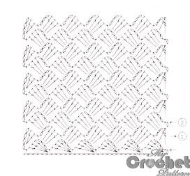 pattern of crochet purse with delicate motifs - stitch scheme