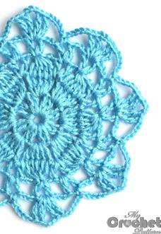 blue big flower motif