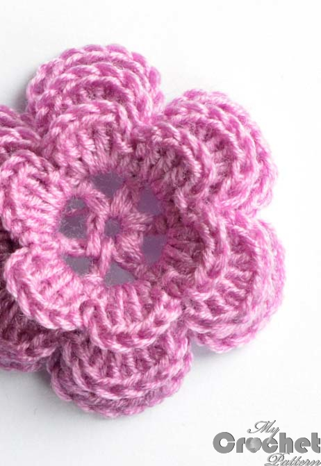 crochet small pink rose photo
