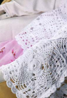 beautiful crochet baby blanket with square motifs - preview