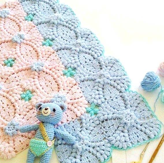pretty crochet baby blanket - big photo
