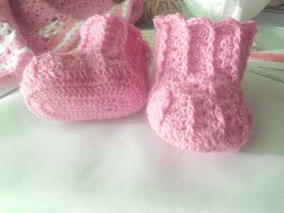 woolen crochet baby booties - big photo