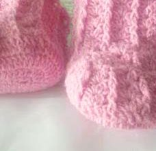 woolen crochet baby booties - preview