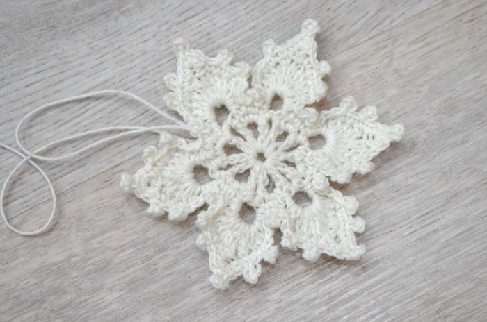 Crochet lace snowflake - big photo