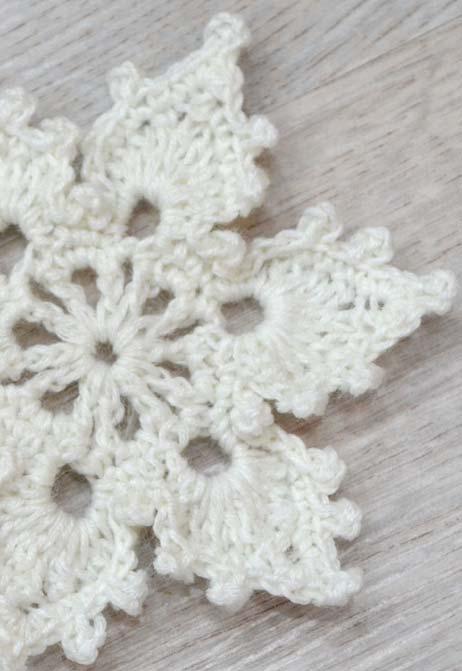 crochet lace snowflake