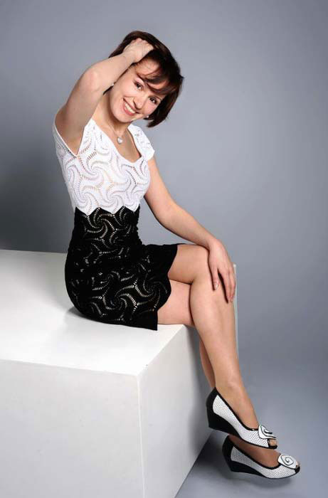 black and white crochet dress with motifs - photo