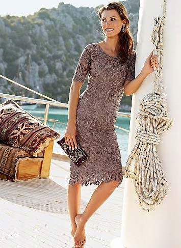 easy crochet dress with motifs - photo