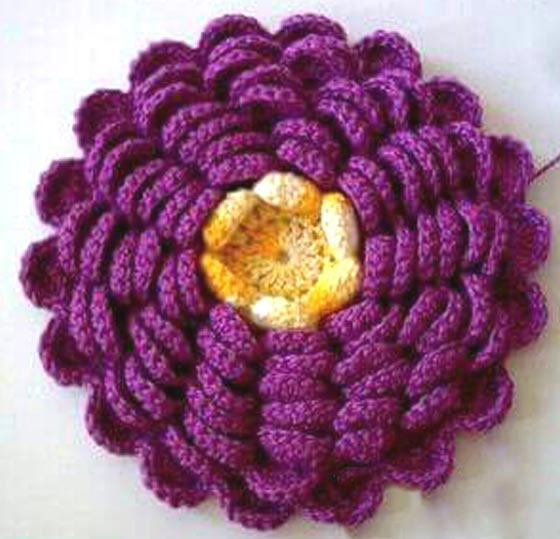 crochet a lush flower - photo