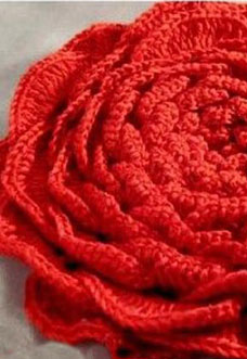 red crochet rose pattern - preview