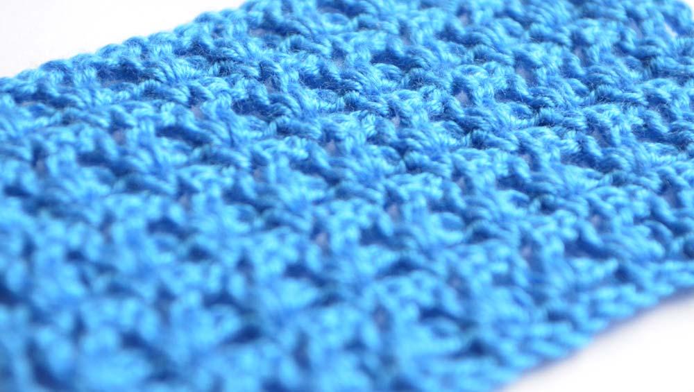 blue V-stitch lace crochet pattern - photo