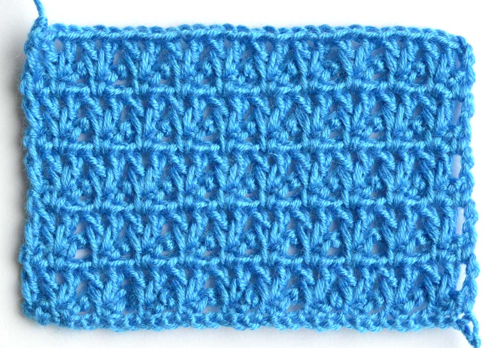 blue V-stitch lace crochet pattern