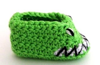 lizard monster baby booties photo