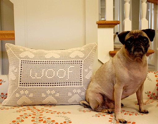 paw print pillow - photo 1