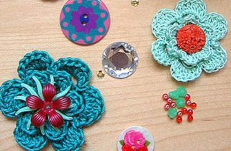 simple crochet flowers photo
