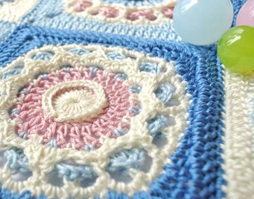 Crochet textured square motif pattern